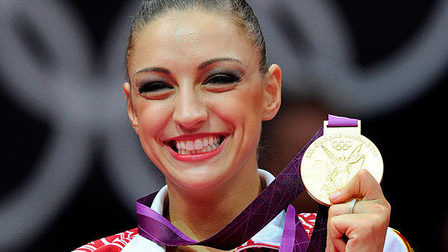 Kanaeva01_thumb_main